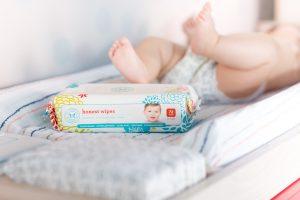 Детские салфетки повышают риск развития аллергических реакций у детей